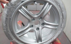 hubcap-painting